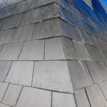 eglise-st-felicien-couverture-ardoise-finition-angle