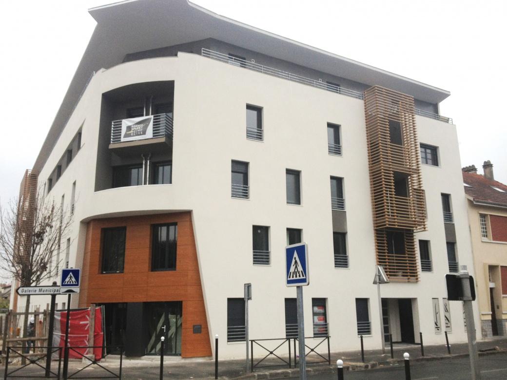 ensemble-immobilier-vitry-sur-seine-couverture-zinc-casquette-beton