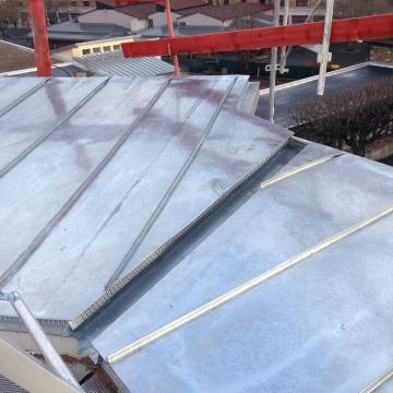 ensemble-immobilier-vitry-sur-seine-couverture-zinc-casquette-beton-09