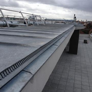 ensemble-immobilier-vitry-sur-seine-couverture-zinc-casquette-beton-10