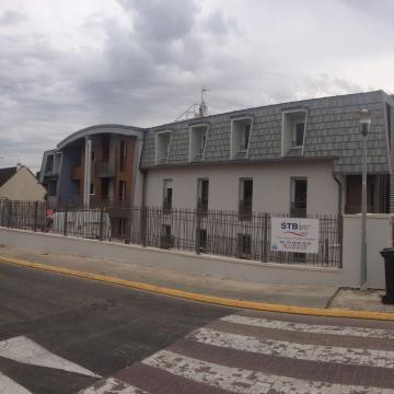logements-collectifs-rubelles-couverture-zinc-quartz-joint-debout-01