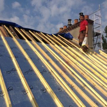 melun-refection-couverture-tuiles-plates-preparation-toiture